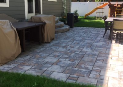 Ropiak-After-Rear patio-steps-lawn-IMG_4300